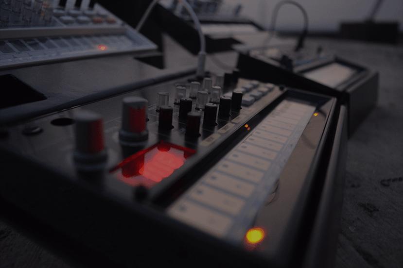 Music production secrets (Arrangement)